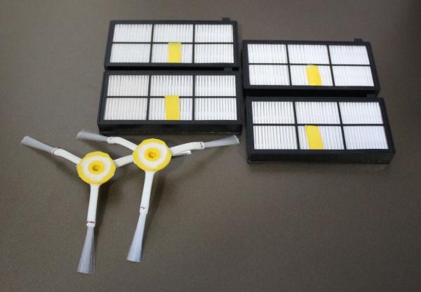 Sparset 4 HEPA Filter + 2 Seitenbürsten geeignet für iRobot Roomba Serie 800 und 900